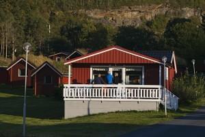 Store hytter på Vennesund Camping. Foto: Erlend Haarberg